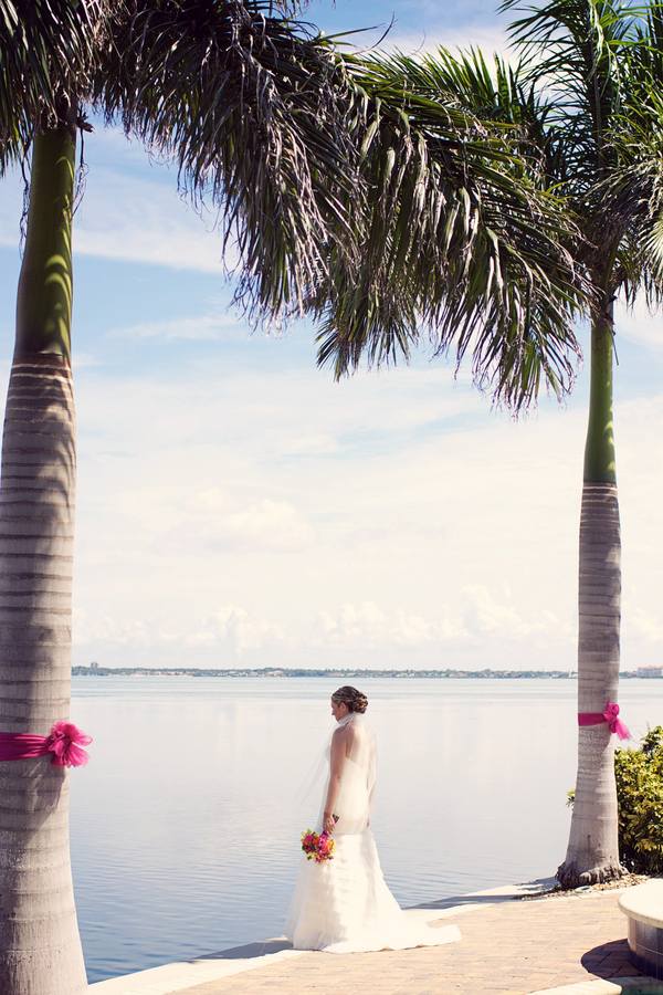 magenta-beach-wedding-9